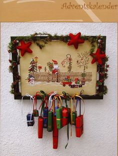 Love this idea of 'garland' made of tiny gifts! Xmas Cross Stitch, Just Cross Stitch, Cross Stitch Samplers, Cross Stitch Charts, Cross Stitching, Cross Stitch Embroidery, Cross Stitch Patterns, Christmas Bows, All Things Christmas