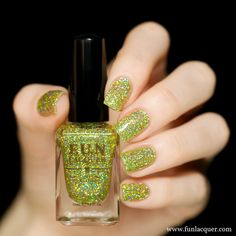 Mistletoe Kiss by F.U.N. Lacquer