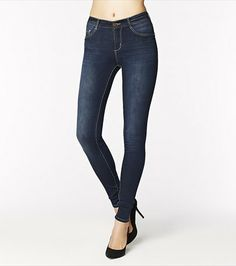 The softest and sexiest high waist jegging you'll ever wear! Denim Heels, Jeans Denim, High Waist Jeggings, Marie, Skinny Jeans, Style Inspiration, Fashion Outfits, Crop Tops, My Style