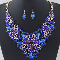 Wealthy Hollow Flowers and Vines Design Luxurious Necklace and Earrings Set - Blue