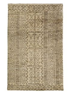 Kenya Hemp & Jute Rug - hand-knotted in India from organic hemp and jute. Hand-knotted yarns are brushed to achieve the look and texture of authentic artisan craftsmanship with a deceptively soft texture.