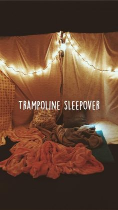 Teen Sleepover, Things To Do At A Sleepover, Sleepover Food, Fun Sleepover Ideas, Crazy Things To Do With Friends, Fun Things, Summer Bucket List For Teens, Summer Fun List, Summer Ideas