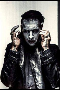 Marilyn Manson - The Pale Emperor Marilyn Manson Quotes, Brian Warner, Zombie Monster, Charles Manson, The Villain, Pics Art, Joker, Hero, Instagram Posts