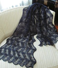 Japanese Feather Stole or Scarf - I actually think this might be doable - if I ever had the time.