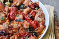 Padellata di pollo con verdure, ricetta facile, veloce, leggera, ottima per il pranzo o la cena, pollo con zucchine e melanzane insaporito da pomodorini e timo.