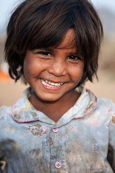 """A """"gypsy"""" girl outside Pushkar, Rajasthan, India"""