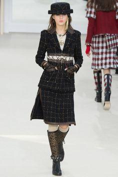 Défilé Chanel Automne-Hiver 2016-2017 29