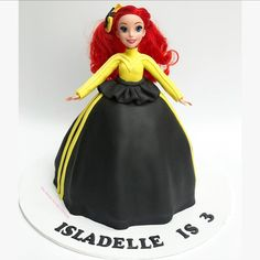 A bow-tiful cake for an fan 💛🖤 Happy Birthday Isladelle! Wiggles Birthday, Wiggles Party, Girls 3rd Birthday, Number Birthday Cakes, 2 Birthday Cake, Emma Wiggle Costume, 1 Year Old Cake, Dolly Varden Cake, Wiggles Cake