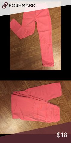 Bubblegum pink American eagle cropped jeggings Hi-rise jegging crop, super, super, stretch American Eagle Outfitters Jeans Ankle & Cropped
