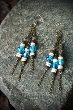 Aqua Glass beads shell heishi Brass Chain por KittyLovesLou en Etsy