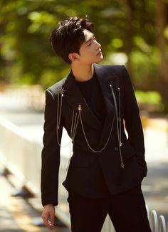 China Entertainment News: Actor Yang Yang poses for fashion shots Asian Celebrities, Asian Actors, Korean Actors, Celebs, Asian Boys, Asian Men, Beautiful Boys, Beautiful People, Kdrama