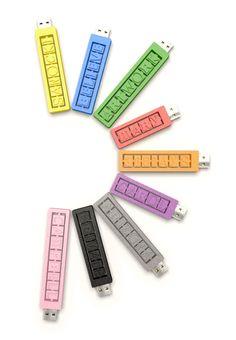 Unidad USB 32GB Con letras y números