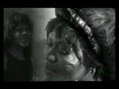 """Tasha Rodrigues - """"Tirando pedras"""" [ang]"""