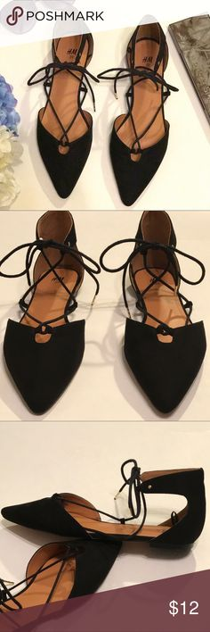 H&M lace up flats Black, faux suede, H&M lace up flats. Shoes have pointed toe. EUC, excellent used condition. Size 8. H&M Shoes Flats & Loafers
