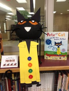 Some of the fabulous storybook pumpkins from our teachers on display in our school media center (Pete the Cat) Pumpkin Decorating Contest, Pumpkin Contest, Pumpkin Ideas, Halloween Pumpkins, Fall Halloween, Halloween Crafts, Halloween Decorations, Pumpkin Books, Cat Pumpkin