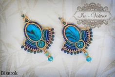 Gorgeous seed beaded earrings with blue cabochons. Bead Embroidery Tutorial, Bead Embroidery Jewelry, Soutache Jewelry, Beaded Embroidery, Beaded Jewelry, Handmade Jewelry, Bead Embroidery Patterns, Jewellery, Seed Bead Earrings
