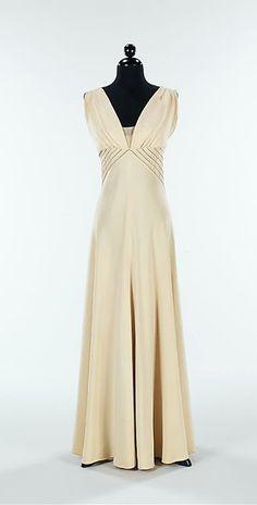 Hawes 'Diamond Horseshoe' Gown - FW 1936-37 - by Elizabeth Hawes (American, 1903-1971) - Silk, metal - @~ Mlle