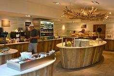 Seerose Resort & Spa mit der Free-Flow Selbstbedienung direkt am See.