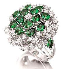 Sabion - despre bijuteria românească de lux. #bijuterii #design #art #designer #romania #sabion #cluj #bucuresti #iasi #targumures #oradea #timisoara #sibiu #victoriei #delicat #luxury #shine #instafashion #instajewelry #vsco #jewelry #jewelrylover #jewelryshop #white #gold #diamant #luxury #diamant #diamonds #ring #emerald #smarald #handmade #instafashion #instajewelry
