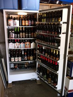 Making Your Beer Crystal Clear – Home Beer Brew Coffee With Alcohol, Alcohol Bar, More Beer, Wine And Beer, Beer Brewing, Home Brewing, Whisky, Beer Cellar, Beer Maker