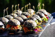 thaiLcious Private Cooking Mini Black Bangkok Burger Maldives Wedding, No Cook Meals, Bangkok, Catering, In This Moment, Fruit, Cooking, Mini, Cake