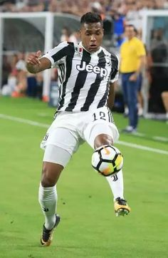 PSG-Juventus Psg, Sandro, Running, Sports, Hs Sports, Keep Running, Why I Run, Sport