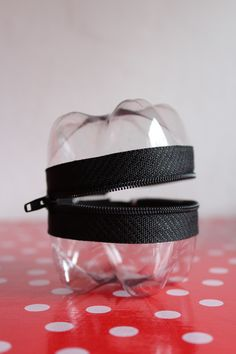 PET bottle upcycling / PET-Flaschen-Upcycling