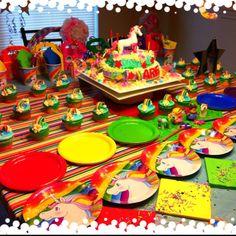 Rainbows & Unicorns Party