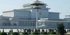Kumsusan Palace of Sun Draws Endless Stream of Visitors