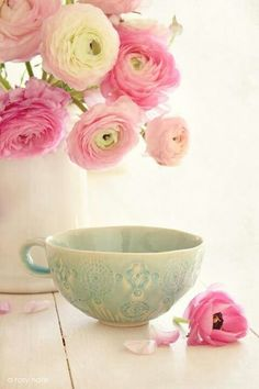 Pretty tea cup - my preferred drinking cup!