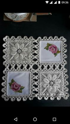 How to Crochet a Solid Granny Square Crochet Fabric, Crochet Quilt, Crochet Home, Thread Crochet, Filet Crochet, Crochet Motif, Crochet Doilies, Crochet Flowers, Crochet Stitches