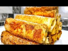 Cheap, easy, fast and tasty! my favorite breakfast. Romanian Desserts, French Toast, I Foods, Cornbread, The Best, Deserts, Rolls, Sweets, Mai