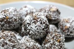I don't think any words can describe how seriously tasty these protein balls recipe are! Think of all your good fats, natural proteins and unprocessed carbs rolled into one. Word of warning though, only take what you want to eat for your 3pm fix, as you will scoff the lot otherwise! http://180nutrition.com.au/2013/11/18/the-3pm-amazeballs/