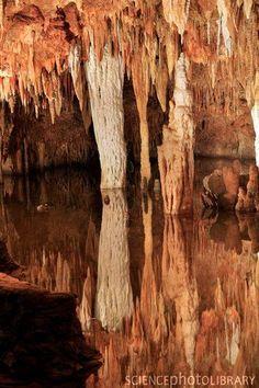.Meramec Caverns