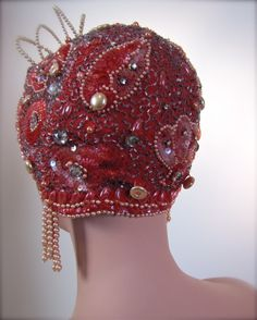 1920's Beaded Sequined Jeweled Flapper Era Showgirl Cap Cloche - @~ Watsonette