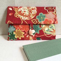 お客様からのリクエストで入荷した鞠柄で作成した御朱印帳ケースです🤗 ・ 鞠が大きいので、可愛らしくもあり、華やかに仕上がりました✨ ・ 生地の裁断によって、鞠の出方が変わっていくので、どの様な仕上がりになるか、次も楽しみです♪ ・ こちらも本日発送です😊 ・ ・… Japanese Fashion, Japanese Art, Ethnic Bag, Kimono Fashion, Fashion Outfits, Harajuku Girls, Kimono Fabric, Kawaii Cute, Purses And Handbags