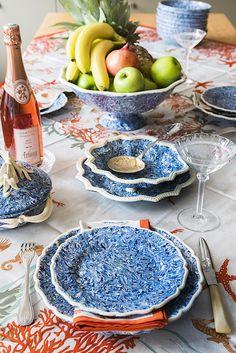 Table of aptware at La Tuile a Loup