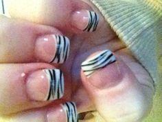 Zebra nailsLuv these
