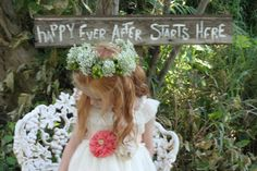 Country rustic wedding flower girl.