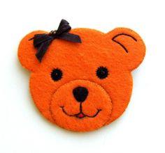 handmade bear brooch felt