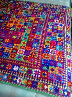 Scrap Yarn Crochet, Easy Crochet Blanket, Crochet Bedspread, Crochet Quilt, Crochet Home, Crochet Yarn, Crochet Blankets, Granny Square Crochet Pattern, Afghan Crochet Patterns