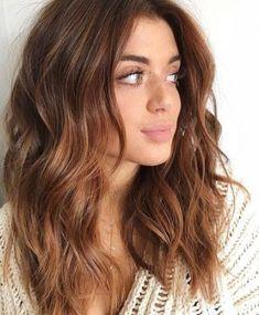 25 Chestnut Brown Hair Colors Ideas Spring Hair Colors kastanienbraune Haarfarbe Trend im Jahr trendige Frisuren und Farben Onbre Hair, New Hair, Curls Hair, Haircut Wavy Hair, Haircuts For Wavy Hair, Hair Shag, Red Curls, Trendy Haircuts, Hair Dye