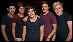 One Direction group photo #OneDirection