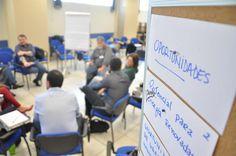Começa a elaboração de planejamento estratégico de ciência, tecnologia e inovação em Botucatu - O Sebrae de Botucatu recebeu nesta terça-feira (27) a primeira atividade para a elaboração de um Planejamento Estratégico de Ciência, Tecnologia e Inovação para Botucatu. Este trabalho é uma iniciativa da Secretaria Municipal de Ciência, Tecnologia e Inovação e do Conselho Municipal de Ciência, Te - http://acontecebotucatu.com.br/geral/comeca-elaboracao-de-plan