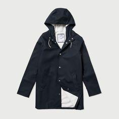 the Arholma Blå - Navy Blue Raincoat – Stutterheim Raincoats
