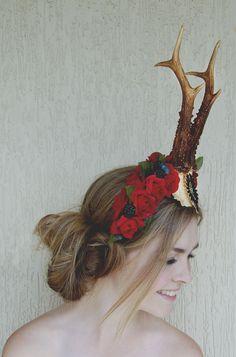 Deer Headpiece facebook.com/CrownOfEden Instagram: @crownofeden Cellphone Wallpaper, Headpiece, Deer, Crown, Facebook, Jewelry, Instagram, Fashion, Moda