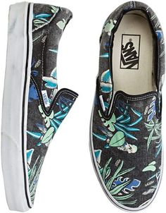 Add some aloha to your step #vans #slipons #floral