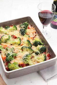 Groenteschotel uit de oven Super Healthy Recipes, Veggie Recipes, Vegetarian Recipes, Cooking Recipes, Clean Eating, Broccoli Pasta, Weird Food, Soul Food, Food Videos