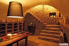 ワインセラーを作るって、何故か敷居が高く感じていませんか。ワイン生産の国であるフランスやイタリアでは、どんな家庭でもワイ…