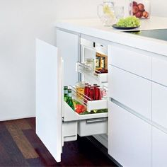 Sleek pull-out under